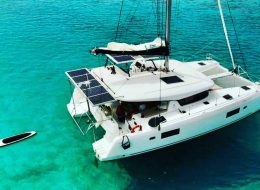 Sail, live with transmundistas and enjoy the incredible experience of life at sea.